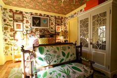 apt therapy / crazy yet refined brooklyn townhouse