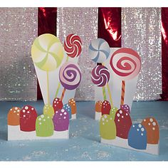 candy stands and full on willy wonka style party ideas here