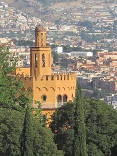 Granada, qué decir de esta hermosisima ciudad donde naturaleza y arte se funden divinamente..
