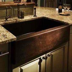 Love this farmhouse sink