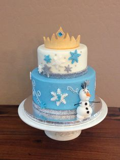 Frozen inspired cake