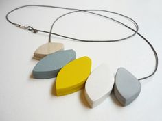 studio, lemons, accessori, color combinations, grey, yellow, necklaces, jewelri, blossoms