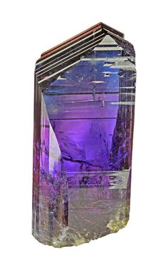 Tanzanite - a beautiful display of color-change
