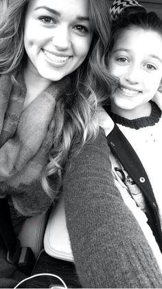 Sisterly love. Duck Dynastys Sadie & Bella