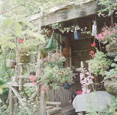 I LoVe this porch!! So much creativity going on here