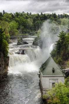 ✮ Ausable Chasm waterfalls in New York state