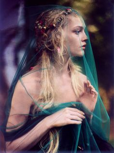 """Enchanted Gardens"": Sasha Pivovarova by Paolo Roversi for Vogue India, October 2007"
