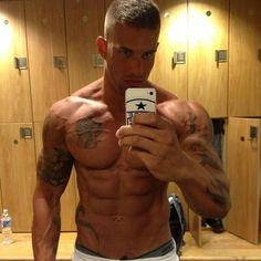 #Shirtless #6PackAbs #FitnessModel #Bath #muscle