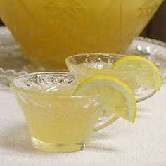 Easy Punch - lemonade, white grape juice, gingerale