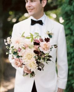 """See the """"Hold Dearly"""" in our 17 Best Bridal Bouquets From Fall Weddings gallery"""