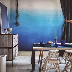 ombre, interior, tie dye, blue walls, color, wallpapers, designers guild, blues, dip dye