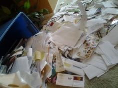 A post on how a family paid off $1000 in 2 months & got their lives in better order! Here's the pile of mail the mom tackled — wow!