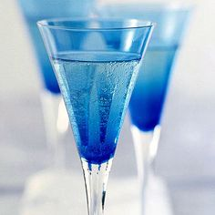 Ginger-Champagne Punch...in blue
