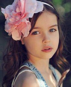 Flower For Wedding Cute Girl Hairstyles | ... Girls Hairstyle | Little Girls Hairstyle Pictures | Little Girls