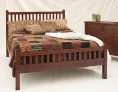 Craftsman Bed with Slatted Footboard with Craftsman Grand Mesa Dresser in 1/4-Sawn White Oak with Chautauqua Stain