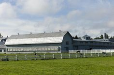 #FarmerFriday is here, and this week on the blog the Miner Institute is featured. Both a research facility and a dairy producer, an important and special place we are proud to call one of the 1200 farm families.... #farmlove #research #dairy