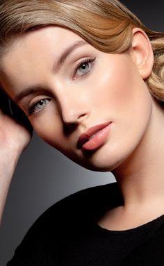 nude make up by @mariamjensen // photo by Vikki Grant