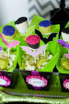 Snacks con un toque neón para una fiesta Halloween original / Neon snacks for an original Halloween party