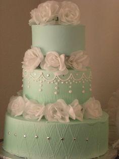 mint green wedding cake omg LOVE THIS CAKE