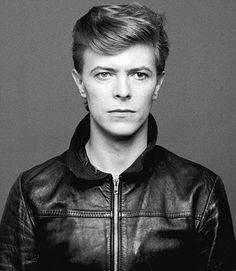 Davie Bowie.  Photo byMasayoshi Sukita