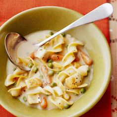 Crock-pot Creamy Chicken Noodle Soup ... just 5 ingredients...YUMM