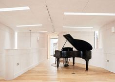 The Chimes House by Devon-based David Sheppard Architects, is the perfect daylit home for a pianist.