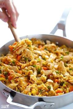 Spicy Chicken Fried Rice -- kicked up a notch with some sriracha, and ready to go in about 20 minutes! | gimmesomeoven.com fried rice