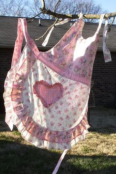 French Apron pattern by The Scrappy Appleyard Quilt Shoppe