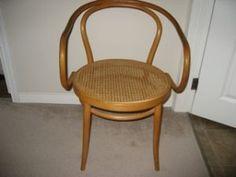 Caned rushed furniture on pinterest oriental furniture for Dining room tables kijiji winnipeg