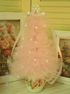 Tiny Pink Teacup Tulle Tree @Laura Gill  Lights