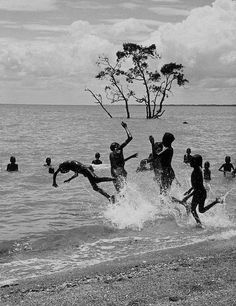 /// Axel Poignant - The Swimmers, Milingimbi, Arnhem Land, Australia, 1952