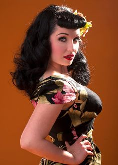 a floral pin up