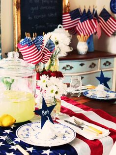 Fourth of July table decorating!