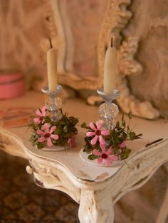 Candle holder with flowers shabby chic dollhouse by MiniEdenTienda, €7.00