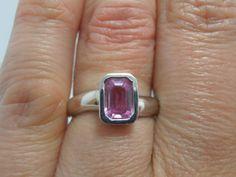 Vintage Natural Pink sapphire