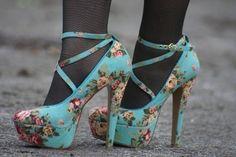 platform floral heels floral prints, floral patterns, blue flowers, heel, flower prints, pump, tight, walk, shoe