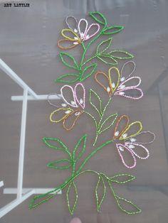 Broderie de luneville : Le bouquet de fleur