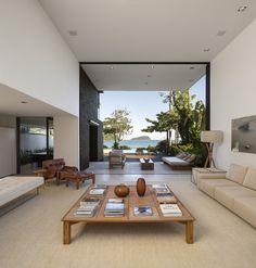 Four Houses in Baleia / Studio Arthur Casas, Brazil