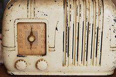 vintage radio...love