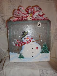 Glass block with happy snowman