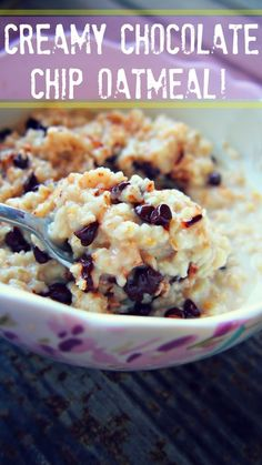 Creamy Chocolate Chip Oatmeal (whole grain oats, unsweetened almond milk, vegan chocolate chips)