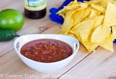 Copy cat recipe for Chili's Salsa.  So easy and good!