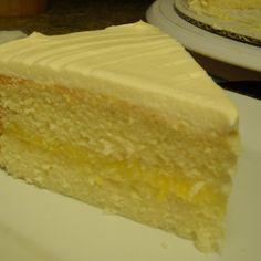 Southern Lemon White Cake with Lemon Curd #recipe | Justapinch.com