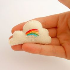 Felt Rainbow Cloud Brooch sew, felted rainbow, boyfriend, babi light, clever craft, rainbow cloud, cloud brooch, felt rainbow