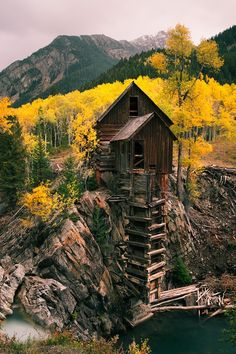 Dead Horse Mill - Colorado. By Cinematic Photography