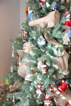 christma diy, christma tree, holiday photo, christma idea, christma time, burlap bows, debbi christma, burlap ribbon, christmas trees