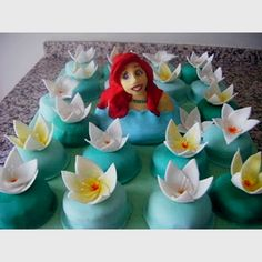 My daughter's 4 year old's birthday cake; she asked an Ariel cake and this was the result... :)