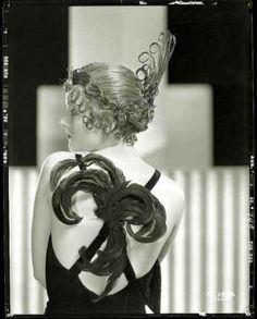 Myrna-Loy-Beautiful-Young-Sexy-Photographs-50