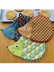 Hedge Fun! Hot Pad Sewing Pattern hedgehog quilt, pot holder patterns, hot pad, sew pattern, hedgehog pattern, sewing patterns, hedg fun