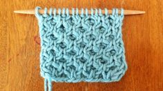 How to Knit the Ray of Honey Cable Stitch. Tutorial by A new stitch a day.